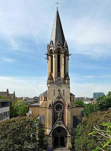 Ostseite der Friedeskirche