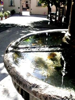 """Bild von Jochen Boskamp """"Auf den Spuren von San Francesco"""" Brunnen"""