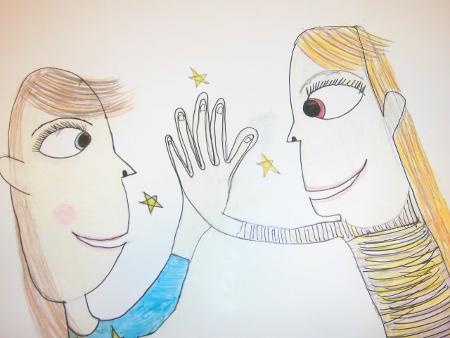 Kinder halten Ihre Hände zusammen